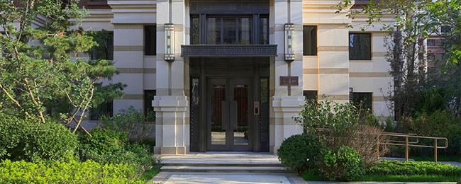 9层的欧式新古典建筑