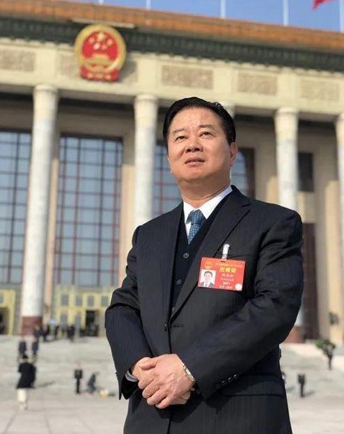 人大代表林龙安:特殊时期应鼓励企业跨界发展