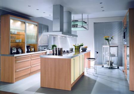 充分利用橱柜拐角处的死角,增加了空间的紧凑感,为厨房营造了干净明亮